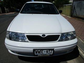 2001 Toyota Avalon MCX10R Conquest White 4 Speed Automatic Sedan.