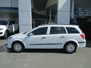 2006 Holden Astra AH MY07 CD White 4 Speed Automatic Wagon.
