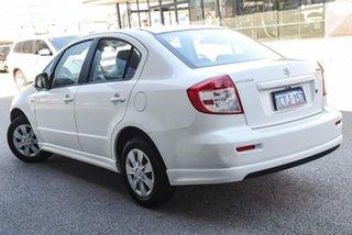 2008 Suzuki SX4 GYC GLX White 4 Speed Automatic Sedan.