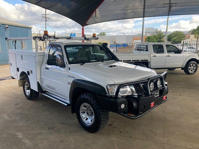 Used Nissan Patrol MY14 DX (4x4) Toowoomba, 2015 Nissan Patrol MY14 DX (4x4) White 5 Speed Manual Leaf Cab Chassis