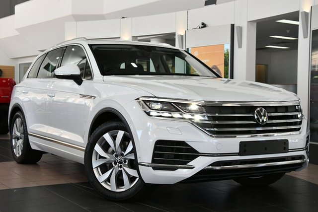 New Volkswagen Touareg CR MY21 210TDI Tiptronic 4MOTION Elegance Port Melbourne, 2020 Volkswagen Touareg CR MY21 210TDI Tiptronic 4MOTION Elegance White 8 Speed Sports Automatic