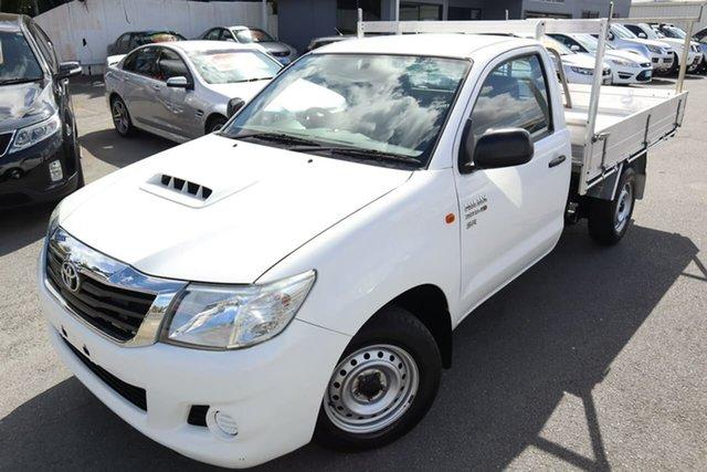 Used Toyota Hilux KUN16R MY14 SR 4x2 Moorooka, 2013 Toyota Hilux KUN16R MY14 SR 4x2 White 5 Speed Manual Cab Chassis