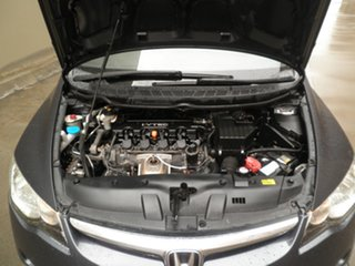 2007 Honda Civic 8th Gen MY07 VTi Purple Passion 5 Speed Manual Sedan