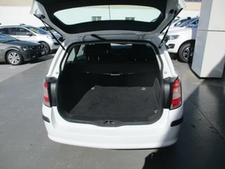 2006 Holden Astra AH MY07 CD White 4 Speed Automatic Wagon