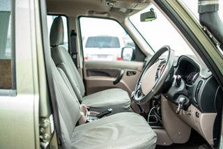 2015 Mahindra Pik-Up Gun Metal 5 Speed Manual Dual Cab