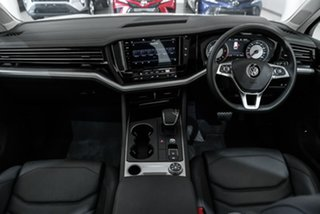 2019 Volkswagen Touareg CR MY20 190TDI Tiptronic 4MOTION White 8 Speed Sports Automatic Wagon.