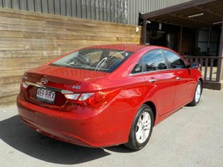 2011 Hyundai i45 YF MY11 Active Red 6 Speed Sports Automatic Sedan.
