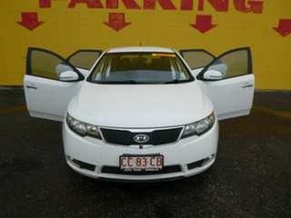 2010 Kia Cerato TD MY11 SI White 6 Speed Sports Automatic Hatchback.