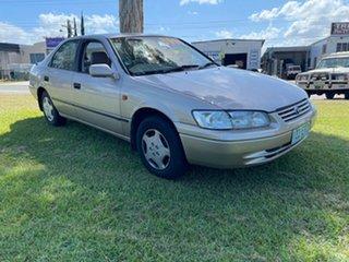1998 Toyota Camry SXV20R CSX Gold 4 Speed Automatic Sedan.