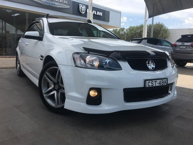 Used Holden Commodore SV6 Dubbo, 2013 Holden Commodore VE Series II SV6 White Sports Automatic