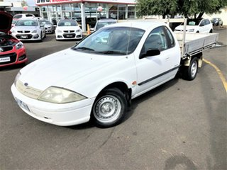 2001 Ford Falcon AU II XL Ute Super Cab White 4 Speed Automatic Utility.