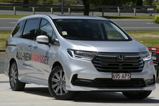 2020 Honda Odyssey Super Platinum 7 Speed Constant Variable Wagon.