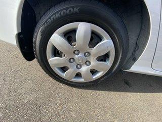 2008 Hyundai Elantra HD SX White 5 Speed Manual Sedan