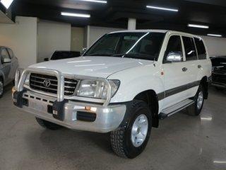 2001 Toyota Landcruiser HZJ105R GXL White 5 Speed Manual Wagon.