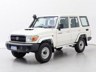 2019 Toyota Landcruiser VDJ76R MY18 Workmate (4x4) White 5 Speed Manual Wagon.