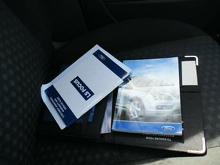 2006 Ford Focus LS CL White 4 Speed Sports Automatic Hatchback