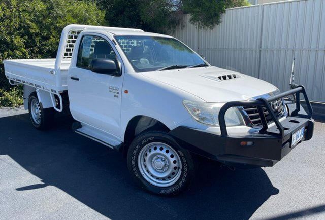Used Toyota Hilux KUN26R MY14 SR Glenorchy, 2014 Toyota Hilux KUN26R MY14 SR White 5 Speed Automatic Cab Chassis