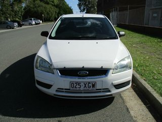 2006 Ford Focus LS CL White 4 Speed Sports Automatic Hatchback.