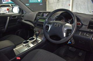 2010 Toyota Kluger GSU40R KX-R (FWD) 7 Seat Black 5 Speed Automatic Wagon.