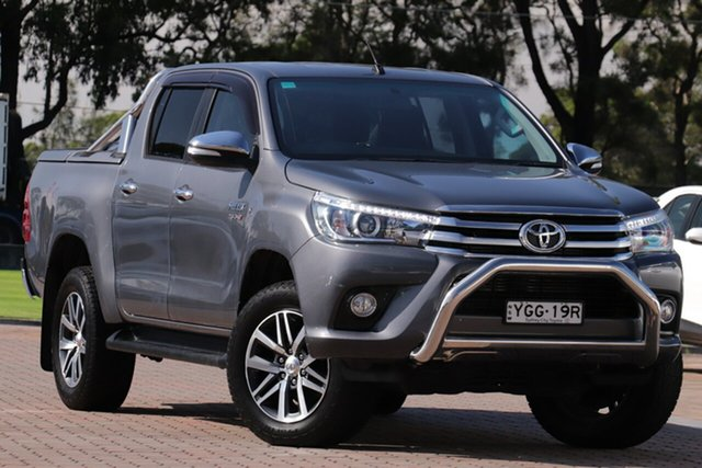 Pre-Owned Toyota Hilux GUN126R SR5 Double Cab Warwick Farm, 2016 Toyota Hilux GUN126R SR5 Double Cab Grey 6 Speed Sports Automatic Utility