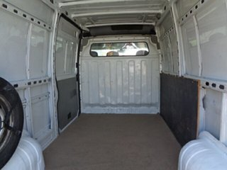 2006 Renault Master X70 Air Mid Roof MWB White 6 Speed Seq Manual Auto-Clutch Van