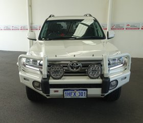 2018 Toyota Landcruiser VDJ200R VX Crystal Pearl 6 Speed Sports Automatic Wagon.