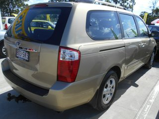 2010 Kia Grand Carnival VQ EXE Gold 5 Speed Sports Automatic Wagon