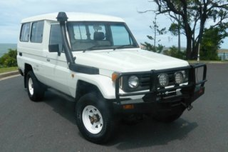1995 Toyota Landcruiser HZJ75RV White 5 Speed Manual Hardtop.