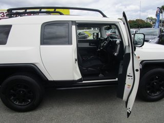 2013 Toyota FJ Cruiser GSJ15R White 5 Speed Automatic Wagon