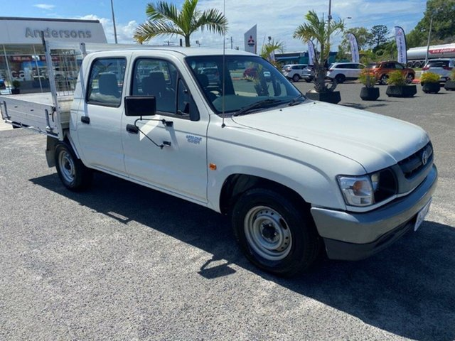 Used Toyota Hilux RZN149R MY02 4x2 Gladstone, 2004 Toyota Hilux RZN149R MY02 4x2 White 5 Speed Manual Utility