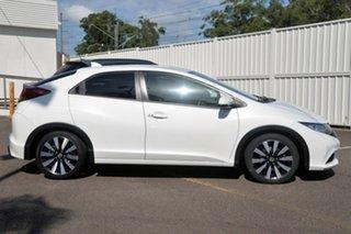 2015 Honda Civic 9th Gen MY15 VTi-L White 5 Speed Sports Automatic Hatchback.