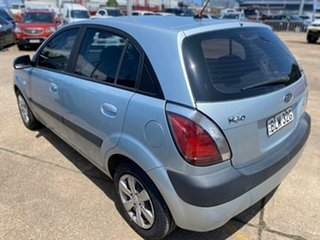 2009 Kia Rio JB MY09 LX Blue 5 Speed Manual Hatchback.