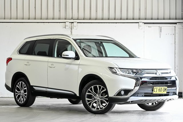 Used Mitsubishi Outlander ZK MY16 LS 4WD Laverton North, 2016 Mitsubishi Outlander ZK MY16 LS 4WD White 6 Speed Constant Variable Wagon