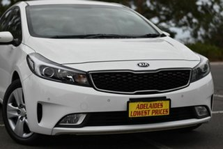 2017 Kia Cerato YD MY18 S White 6 Speed Sports Automatic Hatchback