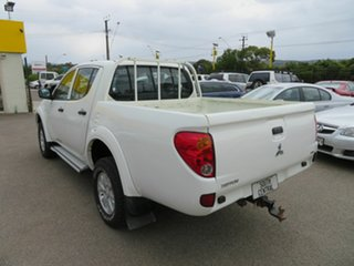 2015 Mitsubishi Triton MN MY15 GLX (4x4) White 5 Speed Manual 4x4 Double Cab Utility