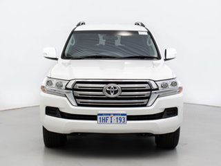 2016 Toyota Landcruiser VDJ200R MY16 GXL (4x4) White 6 Speed Automatic Wagon.