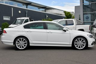 2016 Volkswagen Passat 3C (B8) MY16 140TDI DSG Highline White 6 Speed Sports Automatic Dual Clutch.