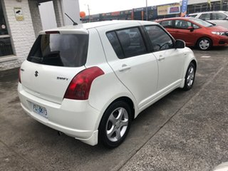 2006 Suzuki Swift RS415 White 5 Speed Manual Hatchback