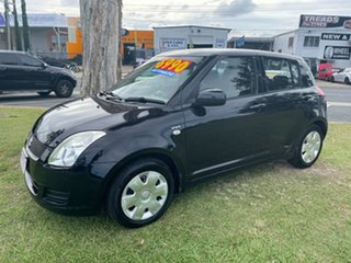 2007 Suzuki Swift RS415 4 Speed Automatic Hatchback.