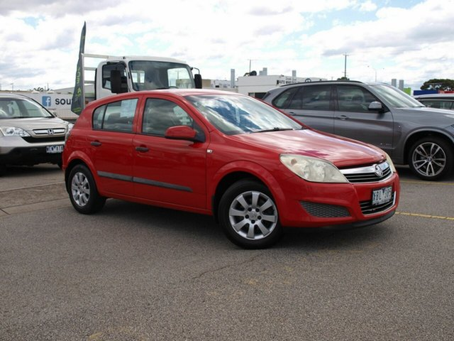 Used Holden Astra AH MY07.5 CD Cheltenham, 2007 Holden Astra AH MY07.5 CD Red 4 Speed Automatic Hatchback