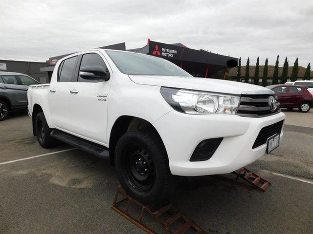 Pre-Owned Toyota Hilux GUN126R SR Double Cab Wonthaggi, 2016 Toyota Hilux GUN126R SR Double Cab White 6 Speed Sports Automatic Utility