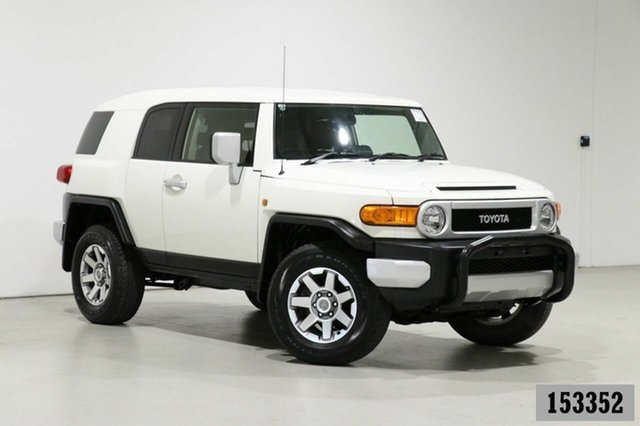 Used Toyota FJ Cruiser GSJ15R MY14 Bentley, 2014 Toyota FJ Cruiser GSJ15R MY14 White 5 Speed Automatic Wagon