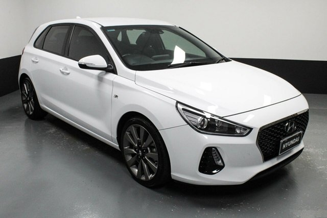 Used Hyundai i30 PD MY18 SR D-CT Hamilton, 2017 Hyundai i30 PD MY18 SR D-CT White 7 Speed Sports Automatic Dual Clutch Hatchback