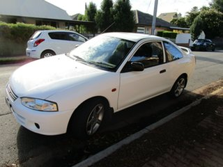 2001 Mitsubishi Lancer CE GLi White 4 Speed Automatic Coupe