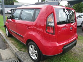 2011 Kia Soul AM MY11 + Red 5 Speed Manual Hatchback