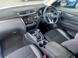 2017 Nissan Qashqai J11 Series 2 ST White 6 Speed Manual Wagon