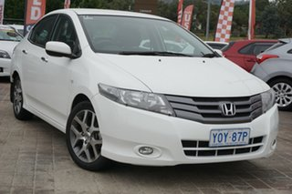 2010 Honda City GM MY10 VTi-L Taffeta White 5 Speed Manual Sedan.