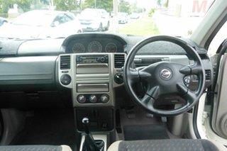 2006 Nissan X-Trail T30 II MY06 ST-S 40th Anniversary White 5 Speed Manual Wagon