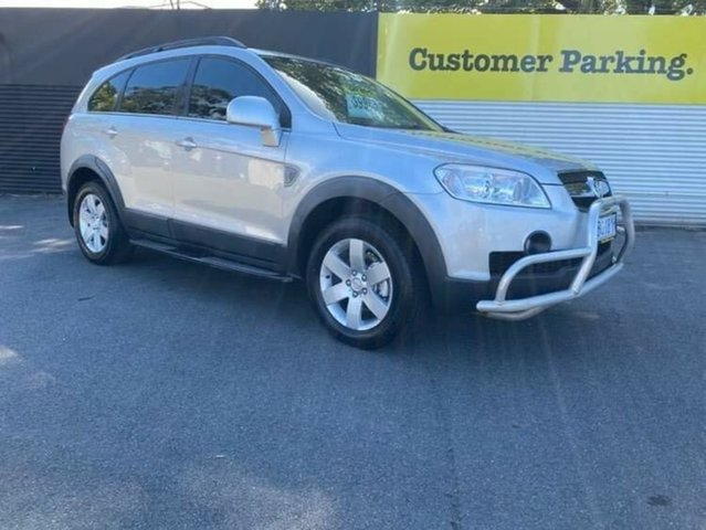 Used Holden Captiva CG MY10 SX AWD Launceston, 2011 Holden Captiva CG MY10 SX AWD Silver 5 Speed Sports Automatic Wagon