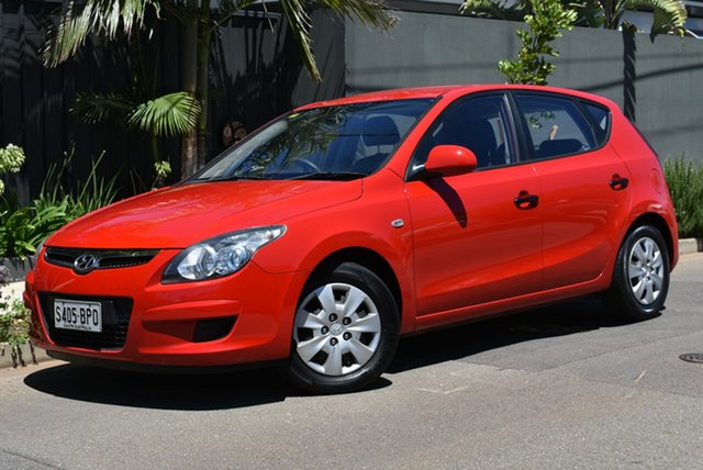 Used Hyundai i30 FD MY11 SX Brighton, 2011 Hyundai i30 FD MY11 SX Red 5 Speed Manual Hatchback